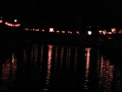 高知城のボンボリに灯りがともりました。